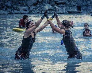 Testemonial Bild von Anna und Eva aus dem Mentoring beim Wettkampf